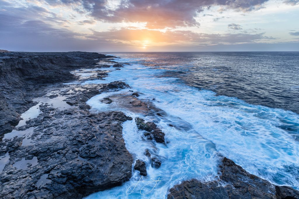 In the Setting Sun by Jon Barker